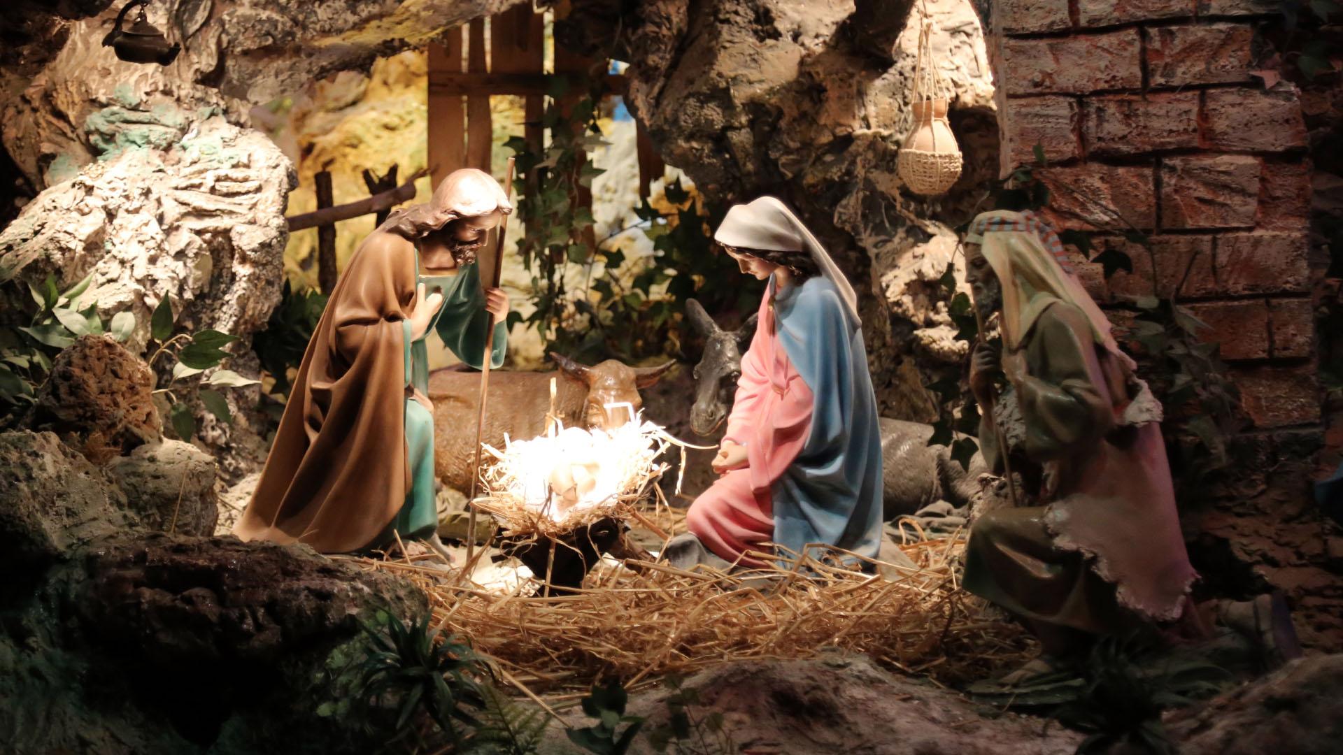 Presepe Poliscenico di Collevalenza: 13. Nascita di Gesù